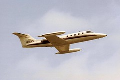 Photo of N102VS Gates Learjet 25B cn 25-180 Arvin Calspan Corp Cranfield 20May91