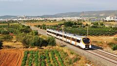 Civies a la R4 (tunel_argentera) Tags: tren train ferrocarril railway zug eisenbahn renfe adif rodalies civia 465 bellvei r4