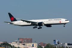 C-FITL - Air Canada - Boeing 777-333(ER) (5B-DUS) Tags: cfitl air canada boeing 777333er b773 ams eham amsterdam schiphol airport airplane aircraft aviation flughafen flugzeug planespotting plane spotting