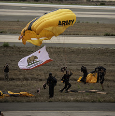 Yep, The Chute is Still There! (dcnelson1898) Tags: 2019mcasmiramarairshow marinecorpsairstationmiramar unitedstatesmarinecorps marines military flight airshow airplanes sandiego california unitedstatesarmy goldenknightsparachuteteam soldiers airborne parachute paratrooper