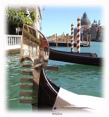 Today is cold and rainy at home (laluzdivinadetusojos) Tags: venice summer 2007 gran canal gondola susan