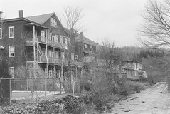 Houses along the River (en tee gee) Tags: houses trees old river catskills