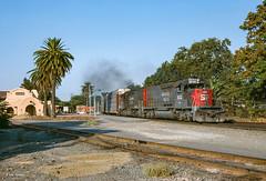 SP 8543 West at Davis, CA (thechief500) Tags: calp railroads sp davis ca usa southernpacific espee california