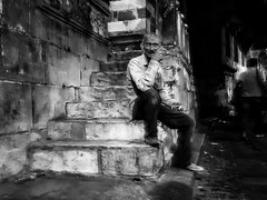 Hold that evil thought... (Alfy's) Tags: streetphotography streetphotographer streetphotographybw streetpics street blackandwhite monochrome candid cairo egypt