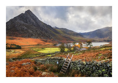Over The Stile (Rich Walker Photography) Tags: tryfan snowdonia wales mountain ogwen valley landscape landscapes landscapephotography canon efs1585mmisusm eos eos80d