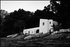 (analogicmoment) Tags: 35mm filmphotography blackandwhite bw kodaktrix400 homedeveloped kodakhc110b ricohff1 pointandshoot architecture keepfilmalive ishootfilm buyfilmnotmegapixels filmisnotdead costabrava