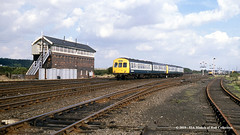 08/09/1987 - Wrawby Junction, Barnetby, North Lincolnshire. (53A Models) Tags: britishrail derby metropolitancammell class101 dmu diesel passenger wrawbyjunction barnetby northlincolnshire train railway locomotive railroad