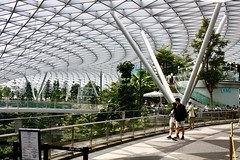 Jewel Changi Airport Singapore,  13 November 2019.  Canon 1000D/Canon EF-S 24mm f2 STM. (bxdcnpgb31) Tags: jewel jewelchangiairport mall singapore shoppingmall changiairport