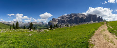 Ampio panorama (cesco.pb) Tags: passosella gruppodelsella dolomiten dolomiti dolomites valdifassa trentinoaltoadige italia italy canon canoneos60d tamronsp1750mmf28xrdiiivcld montagna mountains