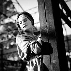 DIDX9358-2--40mm F1.4 DG HSM - A--1-4000 s à f - 2,0--ISO 1600 (Did From Mars) Tags: laseyne portrait noiretblanc blackwhite blancoynegro blancoenero oldstyle oldfashioned femme woman urbex