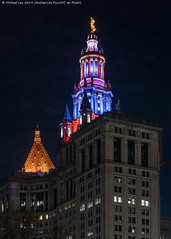 Municipal Building (20191111-DSC08872) (Michael.Lee.Pics.NYC) Tags: newyork municipalbuilding thurgoodmarshallfederalcourthouse night veteransday architecture cityscape cupola illuminated color sony a7rm4 fe24105mmf4g parkrow longexposure