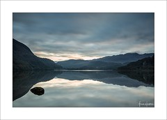Momentary III (Frank Hoogeboom) Tags: llyn lake wales unitedkingdom uk dinas water sunrise snowdonia mountains reflection mirror color scenic tranquil quiet still calm serene early morning landscape waterscape nature outdoors travel welsh rock clouds beauty beautiful fineart longexposure