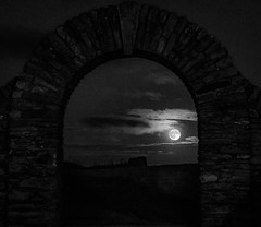 Ancient moon magic (Gullivers adventures) Tags: moon loversmoon together adventure treks walking photographing photos moonfull fullmoon amazeballs light grain moody luna lunar arch ancientarch éire blackwhite blancoynegro shade shadows mysterious moonmagic moonrise fulllunar breathe floyd mesmerising experience