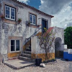 Houses of Óbidos (lebre.jaime) Tags: portugal óbidos architecture traditionalarchitecture house analogic film120 mediumformat mf squareformat 6x6 kodak portra400vc hasselblad 503cx carlzeiss distagon cf4050fle epson v600 affinity affinityphoto