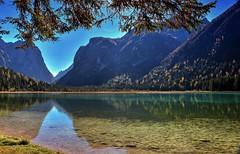 Autunno A Dobbiaco (giannipiras555) Tags: autunno lago montagne collina alberi riflessi natura trentino altoadige landscape panorama paesaggio colori nikon