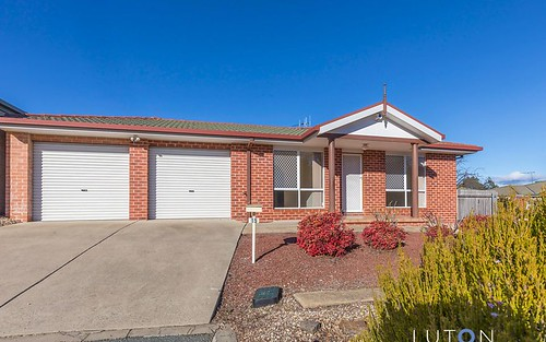 15 Dacomb Court, Dunlop ACT 2615
