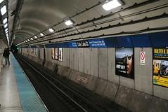 Blue Line at Clark & Lake, Chicago (Cragin Spring) Tags: city chicago chicagoillinois chicagoil illinois il urban unitedstates usa unitedstatesofamerica downtown downtownchicago loop chicagoloop l elevated el chicagosubway subway tunnel subwaytunnel clarklake cta transit platform chicagotransitauthority