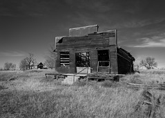 Sun Burned and Battered (ddurham000) Tags: abandoned oldstructure weathered dilapidated colorado rural