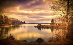 Silver Harbor Sunrise, Take II (WTW Pics) Tags: silverharbor lakesuperior greatlakes thunderbay ontario canada sunrise beautiful beauty beach water reflection longexposure country refelction clouds sky