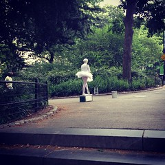 central park white ballerina (aplacecalledjer) Tags: ballerina centralpark park parks dance newyork nyc newyorkcity