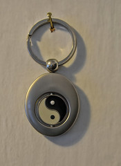 Yin & Yang In Black & White! (☼☼Jo Zimny Photos☼☼) Tags: odc duality keychain yinyang black white metal rings hanging onthewall