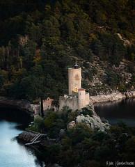 Château de Grangent (Quentin Douchet) Tags: auvergnerhônealpes châteaudegrangent loire castle château landscape paysage
