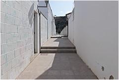 baena 8 (beauty of all things) Tags: espana spanien andalusien weis white urban baena weg path