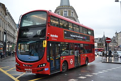 Metroline VWH2105 LK15CXE (Will Swain) Tags: london kings cross station 24th october 2019 kgx greater city centre capital south bus buses transport transportation travel uk britain vehicle vehicles county country england english metroline vwh2105 lk15cxe
