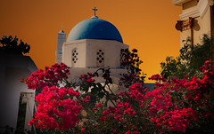 sunset sur Pyrgos (angelobrathot) Tags: sunset church flowers