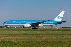 PH-BQG - KLM Royal Dutch Airlines - Boeing 777-206(ER) (5B-DUS) Tags: phbqg klm royal dutch airlines boeing 777206er b772 ams eham amsterdam schiphol airport airplane aircraft aviation flughafen flugzeug planespotting plane spotting