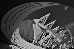 Hemisphic's exit (gerard eder) Tags: world travel reise viajes europa europe españa spain spanien valencia calatrava cac ciudaddelasartesyciencias cityofartsandsciences stadtderkünsteundwissenschaften architecture arquitectura architektur modernarchitecture abstractarchitecture blackandwhite blackwhite blancoynegro whiteblack whiteandblack lhemispheric outdoor