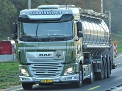 DAF XF106 from Staalduinen Maasdijk Holland. (capelleaandenijssel) Tags: 90blk1 truck trailer lorry camion lkw netherlands nl spacecab lubricants transport tanker citerne