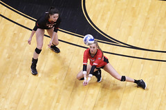 20191112_volleyball_vs_seton_hill_SILBAUGH_DIG_7K0A0523