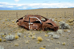 DSC_0614_Kopie (fritzenalg) Tags: ausgebrannt rost rust rusty ruta 40 schrott autowrack unfall accident