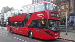 P1180442 BDE2648 LJ19 CVY at Angel Station Upper Street Islington London (LJ61 GXN (was LK60 HPJ)) Tags: metroline byd k8sr 109m 10900mm enviro400city enviro400ev enviro400evcity e400ev electric city bde2648 lj19cvy j42823