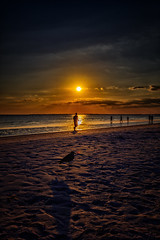 Shadows in the sunset (mysterious-man) Tags: usa florida südwest beach wolken clouds strand sonne schatten farbig colored blau blue sand strukturen