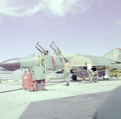 2019-11-11-0039 (wpnsmech555) Tags: ubonrtafb 1971 f4 loadcrew