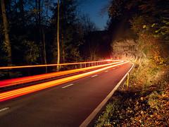 RM-2019-365-317 (markus.rohrbach) Tags: erscheinungsform licht objekt bauwerk verkehrsweg strasse projekt365 natur landschaft fels wald thema fotografie nachtaufnahme langzeitbelichtung