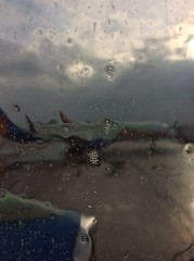 IMG_3028 (rugby#9) Tags: jetplane plane aircraft jet manchesterairport unitedkingdom gb uk manchester airport jet2 sky greysky cloud clouds deicer wet