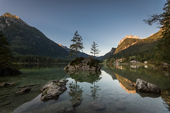 first light at Hintersee (hjuengst) Tags: hintersee berchtesgaden ramsau watzmann reflection reflektionen spiegelung bavaria bayern mountains berge alps alpen