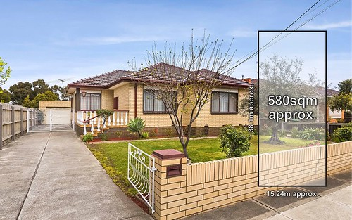 1 Monmouth St, Avondale Heights VIC 3034