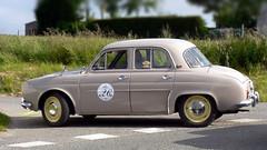 Renault Dauphine (pierre.pruvot2) Tags: renault sportautomobile histopale2009 lumixfz5 panasonic classiccar voiture automobile hautsdefrance pasdecalais côte dopale