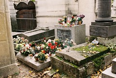 DR3-047-22 (David Swift Photography) Tags: davidswiftphotography parisfrance perelachaisecemetery graveyards graves cemeteries jimmorrison tombstone tombs 35mm nikonfm2 kodakportra