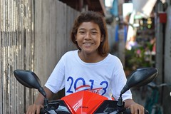 pretty girl on a motorcycle (the foreign photographer - ฝรั่งถ่) Tags: pretty girl teenager motorcycle khlong lard phrao portraits bangkhen bangkok thailand nikon d3200