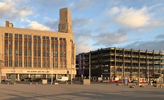 Woolworth's (>Albert & the Lion) & Palatine Building (>Sands Venue) - Blackpool (Rhisiart Hincks) Tags: woolworths aod glanymôr cósta kostalde coast côte arfordir seaside coisfarraige •blackpool sirgaerhirfryn fyldecoast lancashire lloegr england sasana brosaoz ingalaterra angleterre inghilterra anglaterra 英国 angletèrra sasainn انجلتــرا anglie ngilandi fylde holidayresort ue eu ewrop europe eòrpa europa
