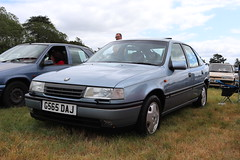 Vauxhall Cavalier 2.0 CD G565DAJ (Andrew 2.8i) Tags: festival unexceptional buckinghamshire middle claydon meet show coche voitures voiture autos auto cars car british motors general gm vectra opel hatch hatchback mark 3 iii mk mk3 2000cd 20cd 2000 cd 20 cavalier vauxhall g565daj