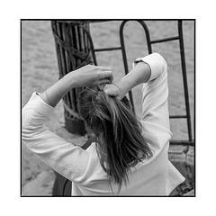 anne 3 • dijon, burgundy • 2019 (lem's) Tags: anne modele model dijon bourgogne burgundy parc park hair woman femme cheveux stairs escalier zenza bronica