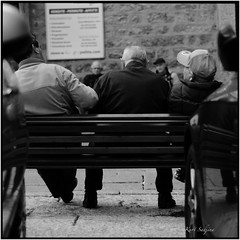 I vecchi di Tempio Pausania_Rolleiflex 3.5B (ksadjina) Tags: gallura italia kodak100tmx lasardegna nikonsupercoolscan9000ed rodinal rolleiflex35b silverfast tempiopausania analog blackwhite film nonni scan