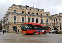 Burgos, plaza del Mío Cid 14.12.2017 (The STB) Tags: bus autobus autobús busse burgos castillayleón transportepúblico publictransport öpnv transporteurbano citytransport