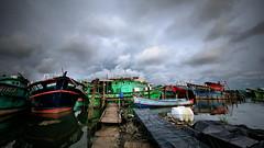 Chantier naval (Ma Poupoule) Tags: chantiernaval inde india bateau clouds cloud nuages boat cochin